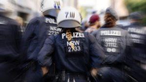 Immer mehr Menschen benötigen Polizeischutz