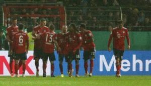 Bayern nur 2:1 in Rödinghausen – HSV-Fans zünden Pyros