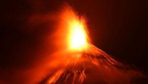 Feuervulkan in Guatemala erneut ausgebrochen