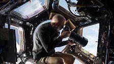 Einzigartiger ISS-Außeneinsatz: Kosmonauten untersuchen mysteriöses Loch