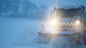 Starke Schneefälle im Süden – 19-Jähriger stirbt bei Verkehrsunfall