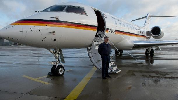 Defektes Regierungsflugzeug: Minister Gerd Müller sitzt in Malawi fest