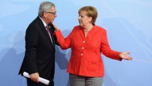 Angela Merkel verteidigt Jean-Claude Juncker nach Orban-Attacken